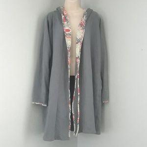 Vera Bradley Gray Floral/Beach Coverup Size L